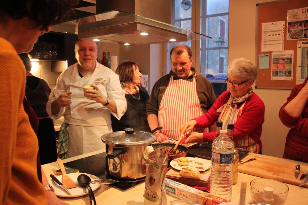 Atelier cuisine à l'Escale aux Cabannes