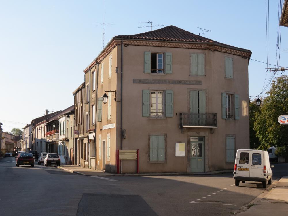 Le siège de la Communauté de Communes des Monts d'Alban et du Villefranchois à Alban
